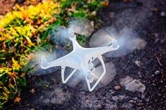 Aanvang witte hommel quadcopter stock afbeelding