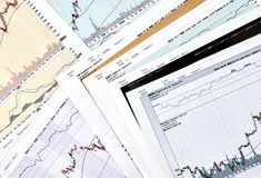 AAPL, GOOG, AMZN, FB断续装置烛台图表 免版税库存图片