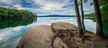 Aard rond upstate Zuid-Carolina bij de kloof van meerjocassee moun stock foto