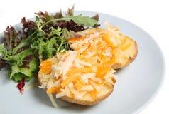 Aardappel in de schil met Kaas Royalty-vrije Stock Foto's
