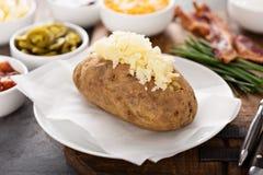 Aardappel in de schilbuffet met kaas en bacon royalty-vrije stock fotografie