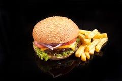 Aardappel en hamburger Royalty-vrije Stock Foto's