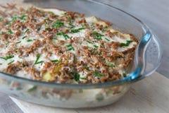 Aardappel-fijngehakte vleesbraadpan Stock Afbeeldingen