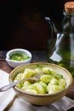 Aardappelgnocchi met pesto Royalty-vrije Stock Afbeelding