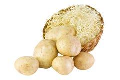 Aardappels die op wit worden geïsoleerdE stock fotografie