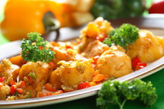 Aardappels met zich het kleden Stock Foto