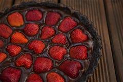 Aardbei-chocolade cake Royalty-vrije Stock Afbeeldingen