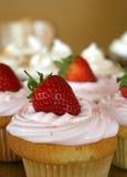 Aardbei Cupcakes stock afbeelding