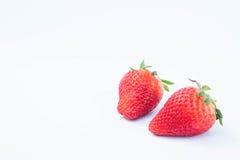Aardbei op witte achtergrondfruit` s gezonde hartelijk, nuttig royalty-vrije stock afbeelding