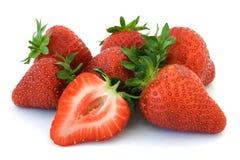 Aardbeien die op wit worden geïsoleerdo Stock Foto's