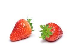 Aardbeien die op wit worden geïsoleerdr Stock Afbeeldingen