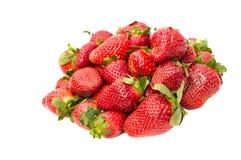 Aardbeien die op witte achtergrond worden geïsoleerdd Royalty-vrije Stock Fotografie