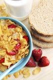 Aardbeien en cornflakes Royalty-vrije Stock Foto