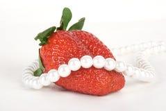 Aardbeien en parels Royalty-vrije Stock Afbeelding