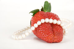 Aardbeien en parels Royalty-vrije Stock Foto's