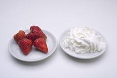 Aardbeien en Room Royalty-vrije Stock Afbeelding