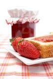 Aardbeien en toosts Royalty-vrije Stock Fotografie