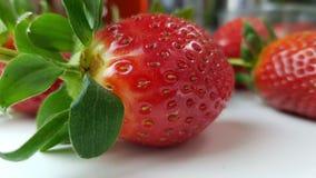 Aardbeien in macromening stock afbeeldingen