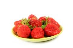 Aardbeien op een plaat Stock Fotografie