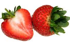 Aardbeien op witte achtergrond worden geïsoleerd die Stock Afbeelding