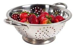 Aardbeien in zeef Stock Afbeelding