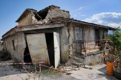 Aardbeving de bouwschade stock fotografie