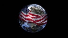 Aarde die met Vlag wordt verpakt Stock Foto's