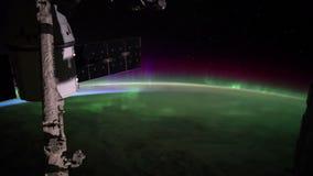 Aarde en Aurora Borealis van het Internationale Ruimtestation ISS wordt gezien die Elementen van deze video die door NASA wordt g stock videobeelden