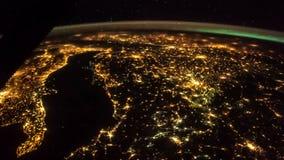 Aarde en Italië van ISS Elementen van deze video die door NASA wordt geleverd Italië aangestoken nachtlichten stock footage