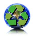 Aarde en kringloopsymbool royalty-vrije illustratie