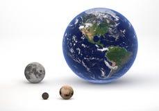 Aarde en Plutosysteemvergelijking Stock Fotografie