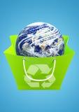 Aarde in het recycling van zak Stock Afbeelding
