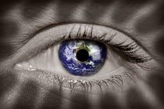 Aarde in oog Royalty-vrije Stock Afbeelding