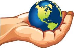 Aarde op menselijke hand Stock Afbeeldingen