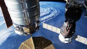Aarde van ISS wordt gezien die Mooie die Aarde van ruimte wordt waargenomen NASA-tijdtijdspanne die aarde van ruimte schieten stock video