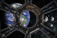 Aardemening van een Ruimtevaartuig Elementen van dit die beeld door NASA wordt geleverd stock afbeelding