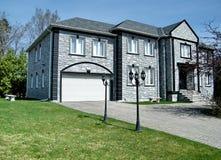 Aardige grijze huis 2010 van Thornhill het zeer royalty-vrije stock foto