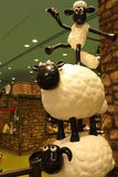 Aardman-` s Shaun die Schafcharaktere auf display at Expocity Lizenzfreie Stockfotos