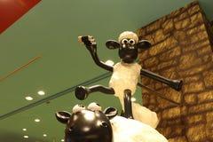 Aardman ` s Shaun fårteckenen på display at Expocity Royaltyfri Fotografi