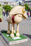 Aardmans Shaun The Sheep Character i centrala London Arkivfoton
