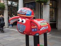 Aardmens Shaun die Schaf-Charaktere auf Anzeige um London Lizenzfreies Stockfoto