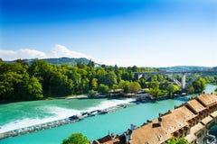 Aare flod i Bern Arkivfoton