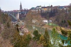 Aare flod i Bern, Schweiz Arkivfoto