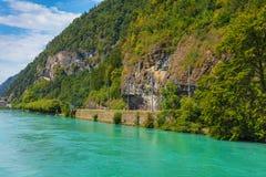 Aare rzeka w mieście Interlaken, Szwajcaria fotografia royalty free