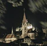 Aargau-Berichts-Schweizer Bezirk-alte Stadt Baden mit Gemeinde-Kirche stockfotografie