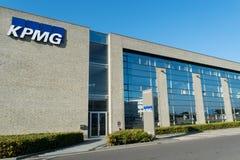 Aarhus, Dänemark - 14. September 2016: KPMG-Eingang mit Logo an Stockfotografie