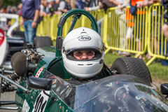 AARHUS, DINAMARCA - 28 DE MAIO DE 2016: Axel Pilz no tanoeiro T71/73-Lotus, na raça clássica Aarhus 2016 Foto de Stock