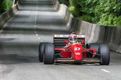 AARHUS, DINAMARCA - 28 DE MAIO DE 2016: Claus Bertelsen em Lola-Ferrari T93, na raça clássica Aarhus 2016 Imagens de Stock
