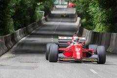 AARHUS, DINAMARCA - 28 DE MAIO DE 2016: Claus Bertelsen em Lola-Ferrari T93, na raça clássica Aarhus 2016 Fotos de Stock