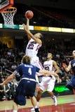 Aaron Brown - baloncesto del NCAA de los buhos del templo fotos de archivo